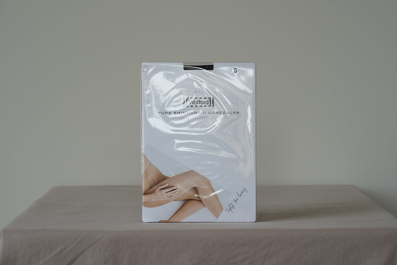 Wolford Pure Shimmer 40 Concealer Tights 01
