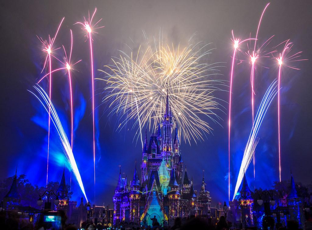 HEA Blue fireworks Moana MK