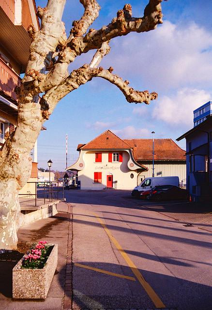 Lohn-Lüterkofen Railway Station