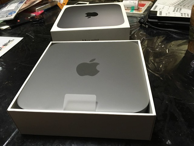 Mac Mini 2018  and 2012