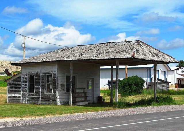 WY, Van Tassel-U.S 20 Abandoned Gas Station
