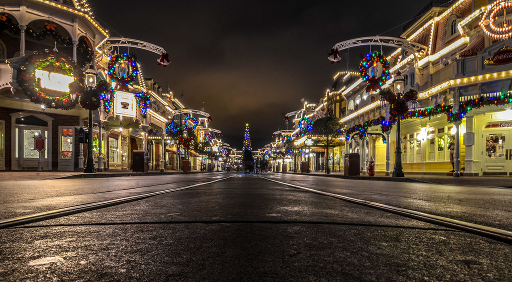 Main Street Christmas MK
