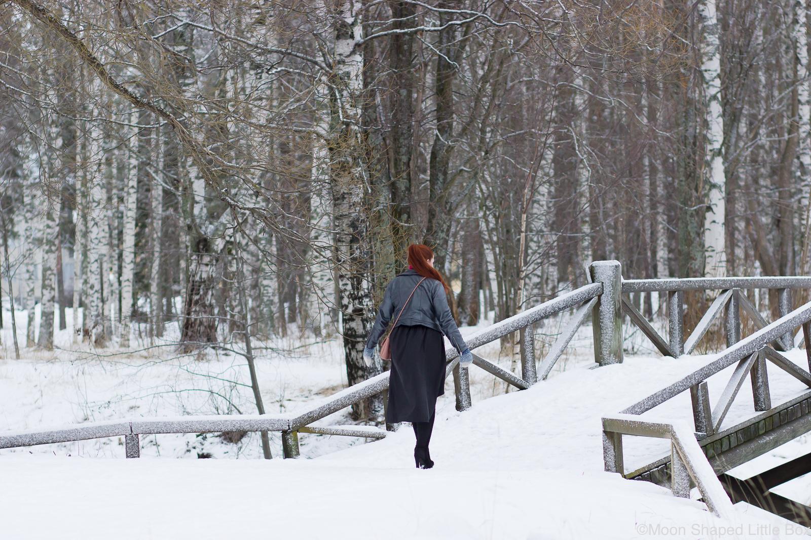 Talvi-paivan-asu-kotimaisilla-vaatteilla