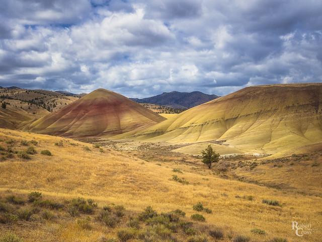 Painted Hills, Threatening Skies