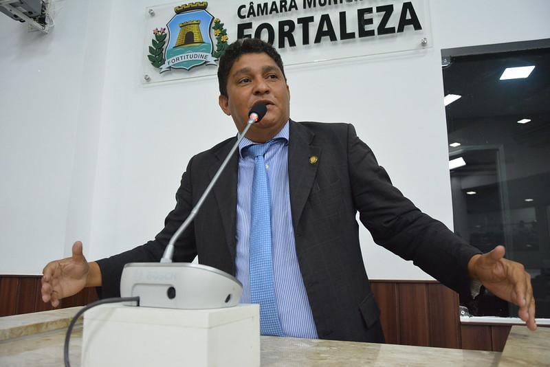 Vereador John Monteiro