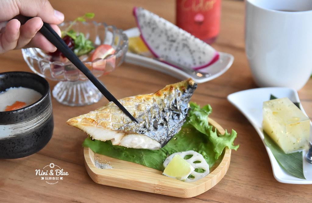 望月家 台中平價壽司  日式料理 菜單價位18