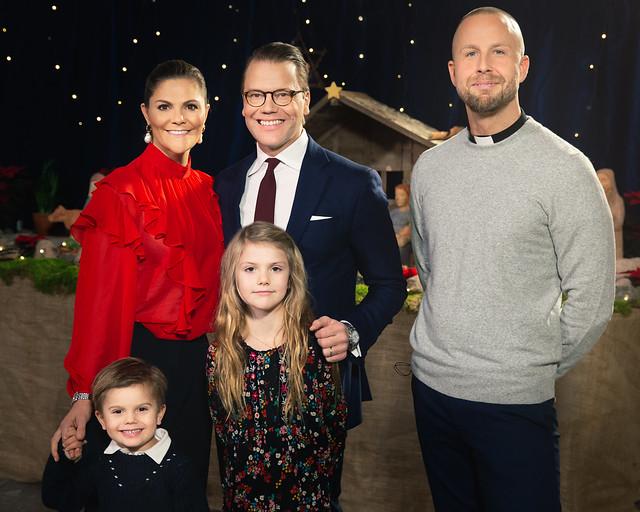 Kroonprinsesselijk gezin Zweden bezoekt Katarina-kerk (Kerst 2019)