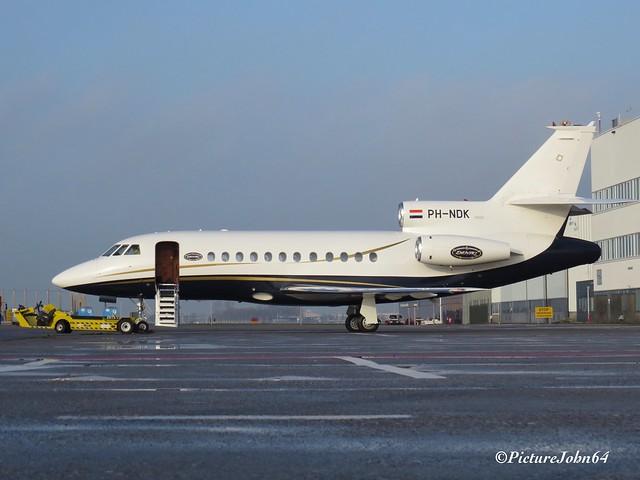 Exxaero Dassault Falcon 900B (PH-NDK) at Schiphol East