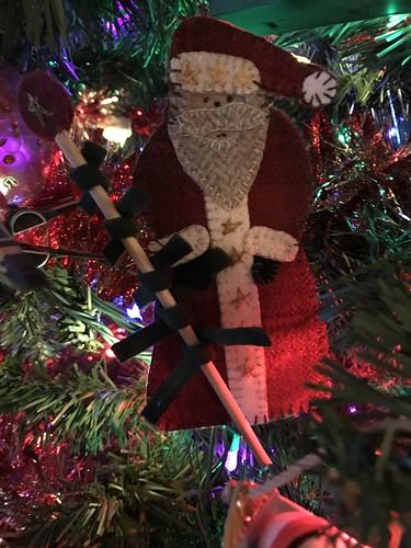 Blogged: https://melissadevin.blogspot.com/2019/12/christmas-sewing.html