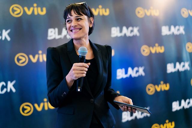 Asha Gill, The Host For The Night At Viu Original _ Black Premiere