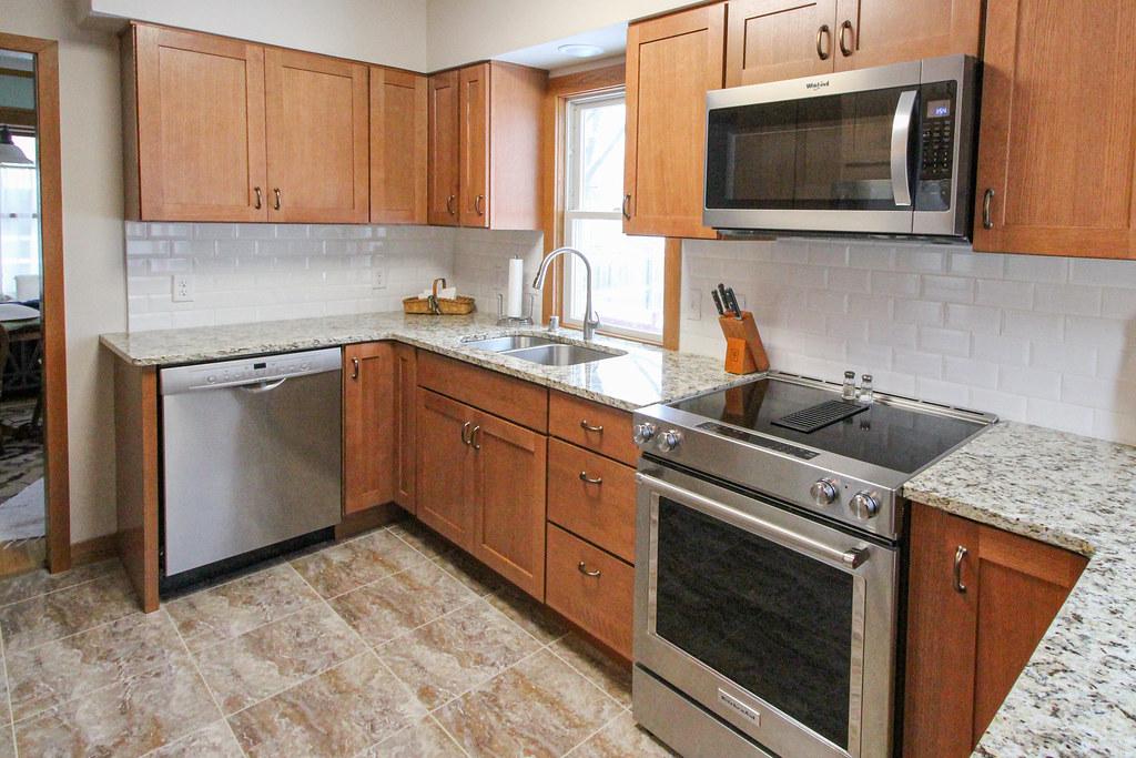 House Kitchen-102