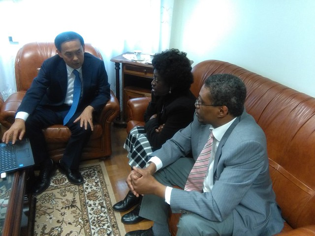 Portugal-2019-11-10-Youth Leader Meets Portuguese Ambassador for Peace