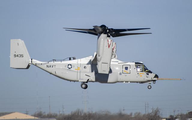 Bell-Boeing.CMV-22 Osprey.169435.KAMA.2019-12-19.USN