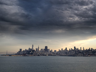 San Francisco about to get wet!  (blend)