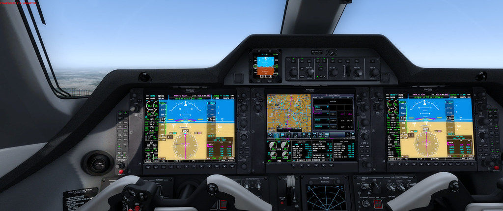 Phenom 300 Dual GTN - WxRadar