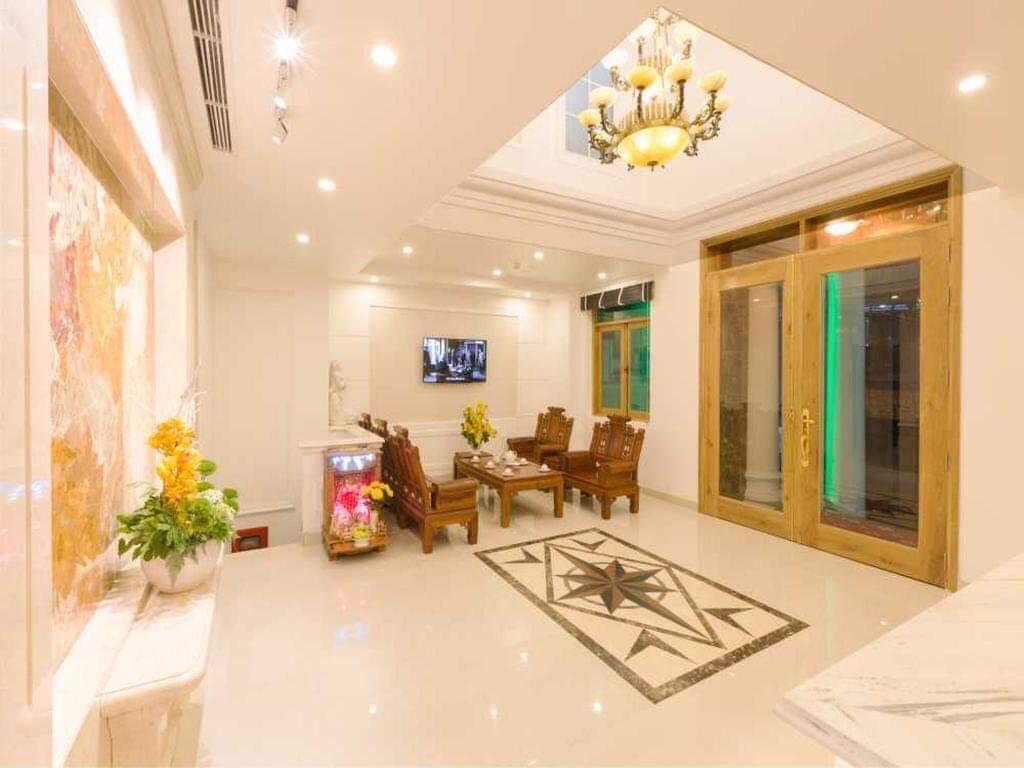 Sang nhượng căn hộ dịch vụ 165m2 ở Phú Nhuận