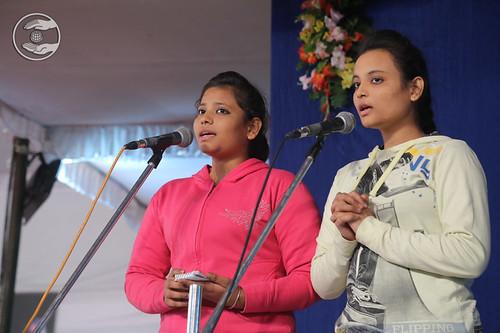 Devotional song by Tanu Ji and Vaishali Ji