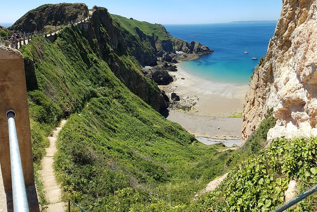 Cliff trail Sark Isl