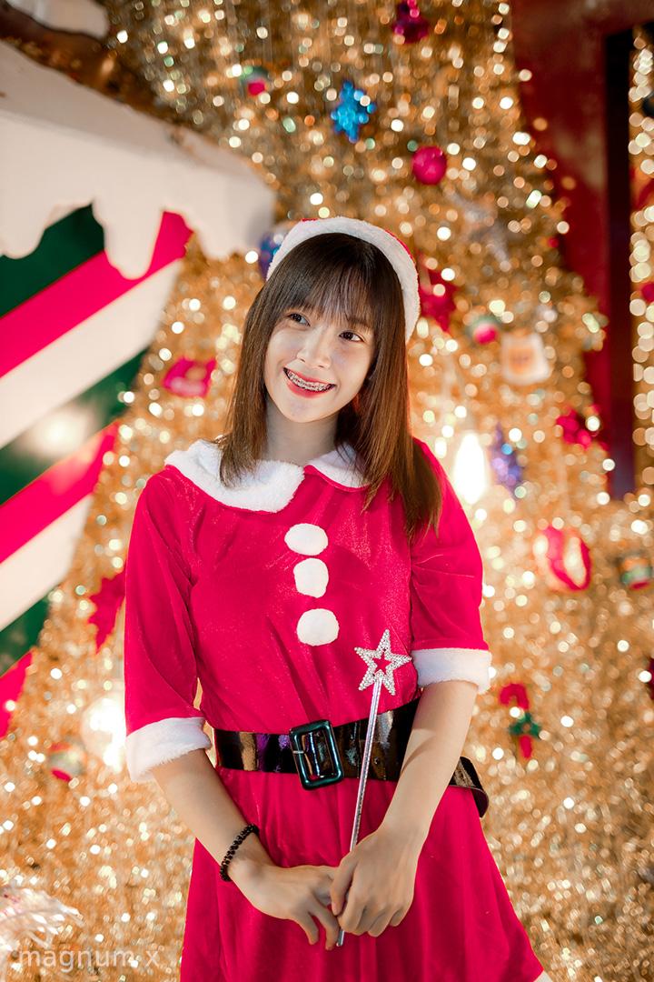 Lightroom-Santa-Girl-Pink-02