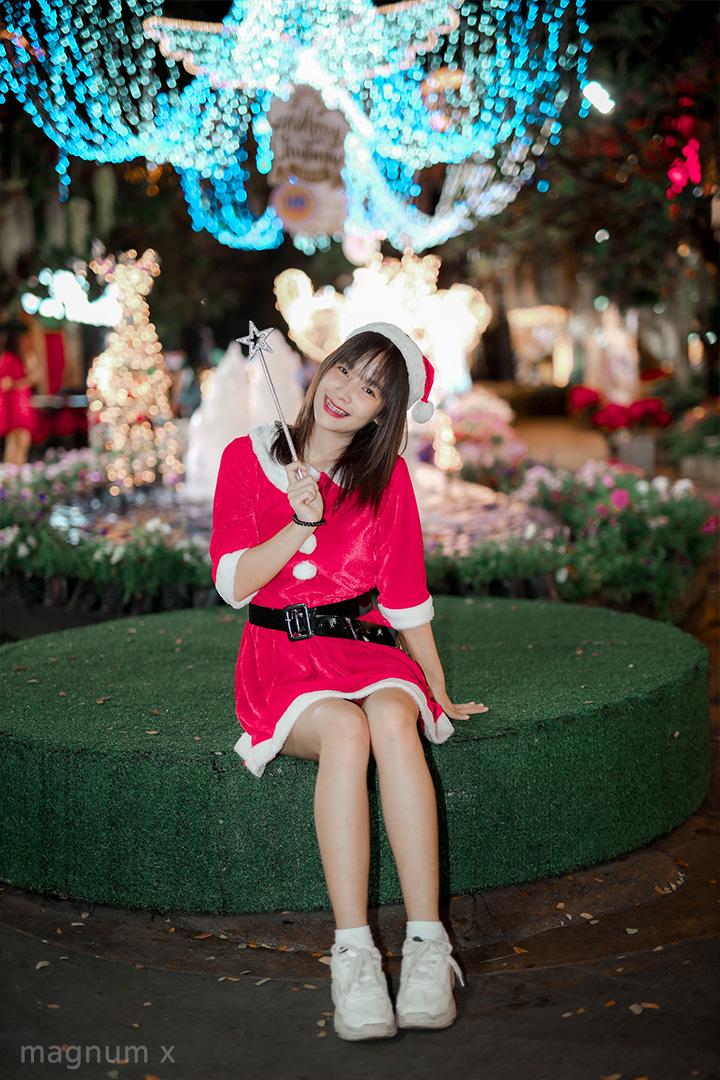 Lightroom-Santa-Girl-Pink-04