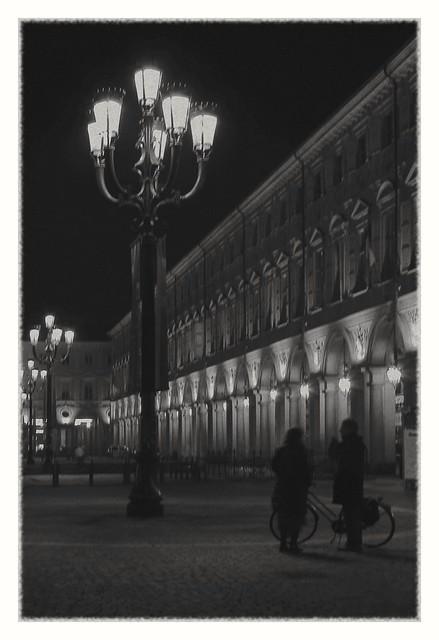 IMG_0392_7 - Torino, San Carlo Square. Bump into each other.