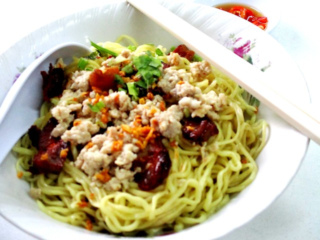 Nyan Shin Cafe, Kuching traditional Hakka handmade noodles