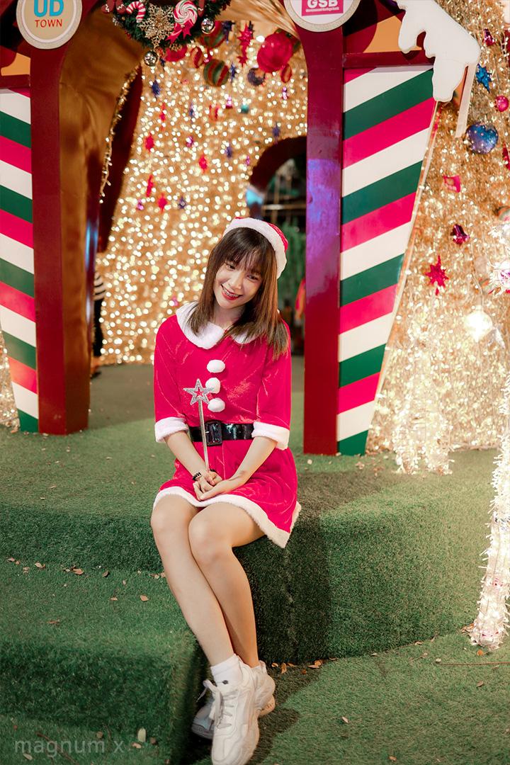 Lightroom-Santa-Girl-Pink-06