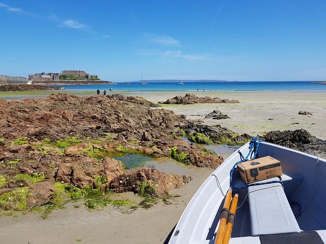 Guernsey tides