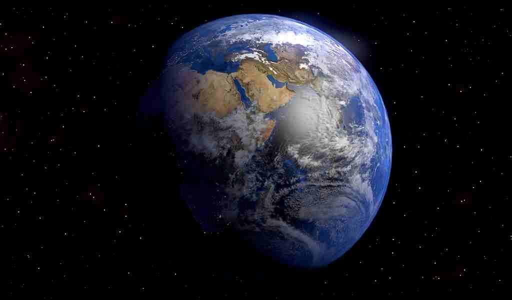 de-la-neige-de-fer-tombe-sur-le-noyau-de-la-planète-terre