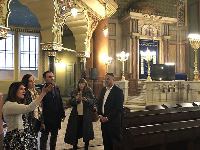 Ambassador Herro Mustafa Visits the Sofia Synagogue