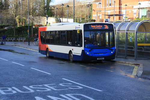 Stagecoach South 27621 GX10HCJ