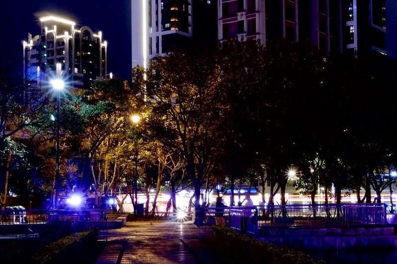 萬坪公園 板橋火車站站前廣場