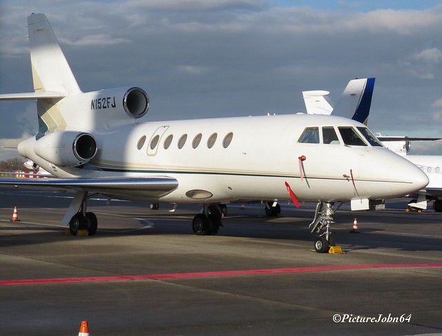 Victoria Outreach La Puente Dassault Falcon 50 (N152FJ) at Schiphol East