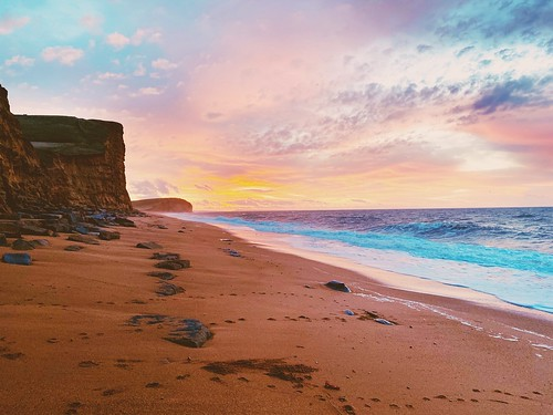 landscapephotography cliffs iphone11promax iphone water peace ocean sea sand sunrise
