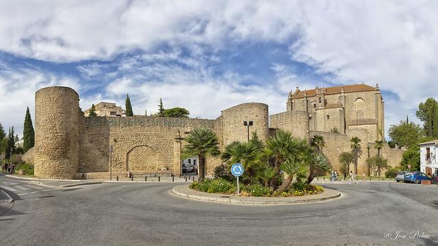 Puerta Almocabar (Ronda)