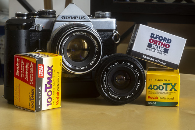 Camera Review Blog No. 120 - Olympus OM-2n
