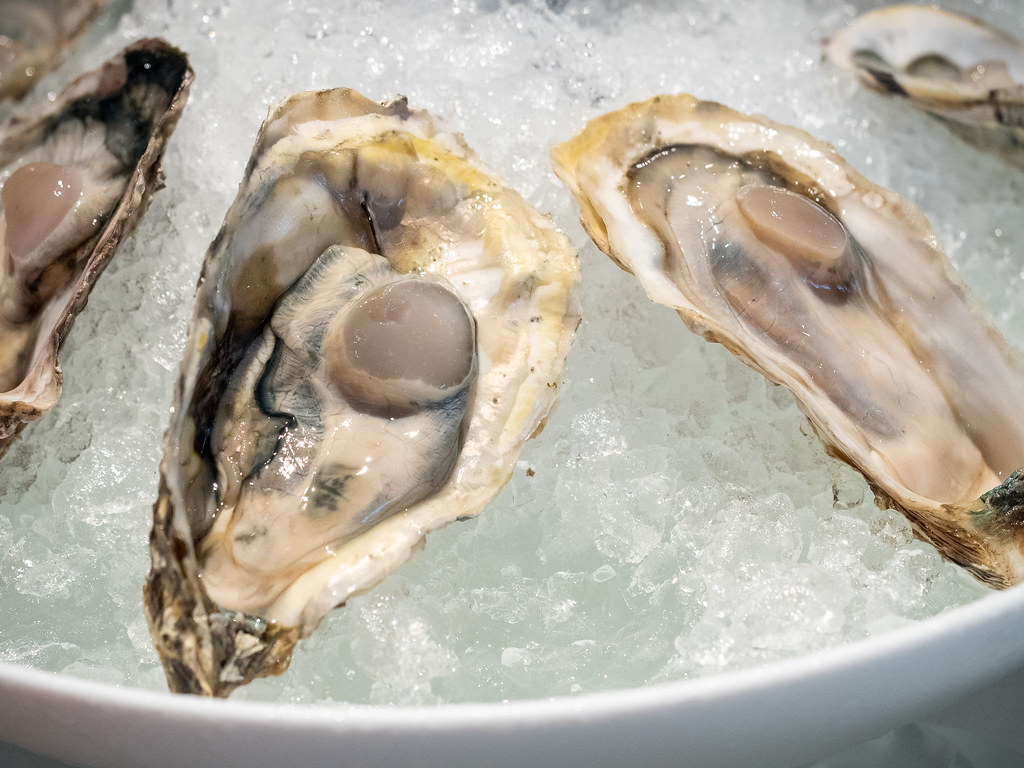 Fresh oysters on ice at Curate, Four Seasons Hotel Kuala Lumpur