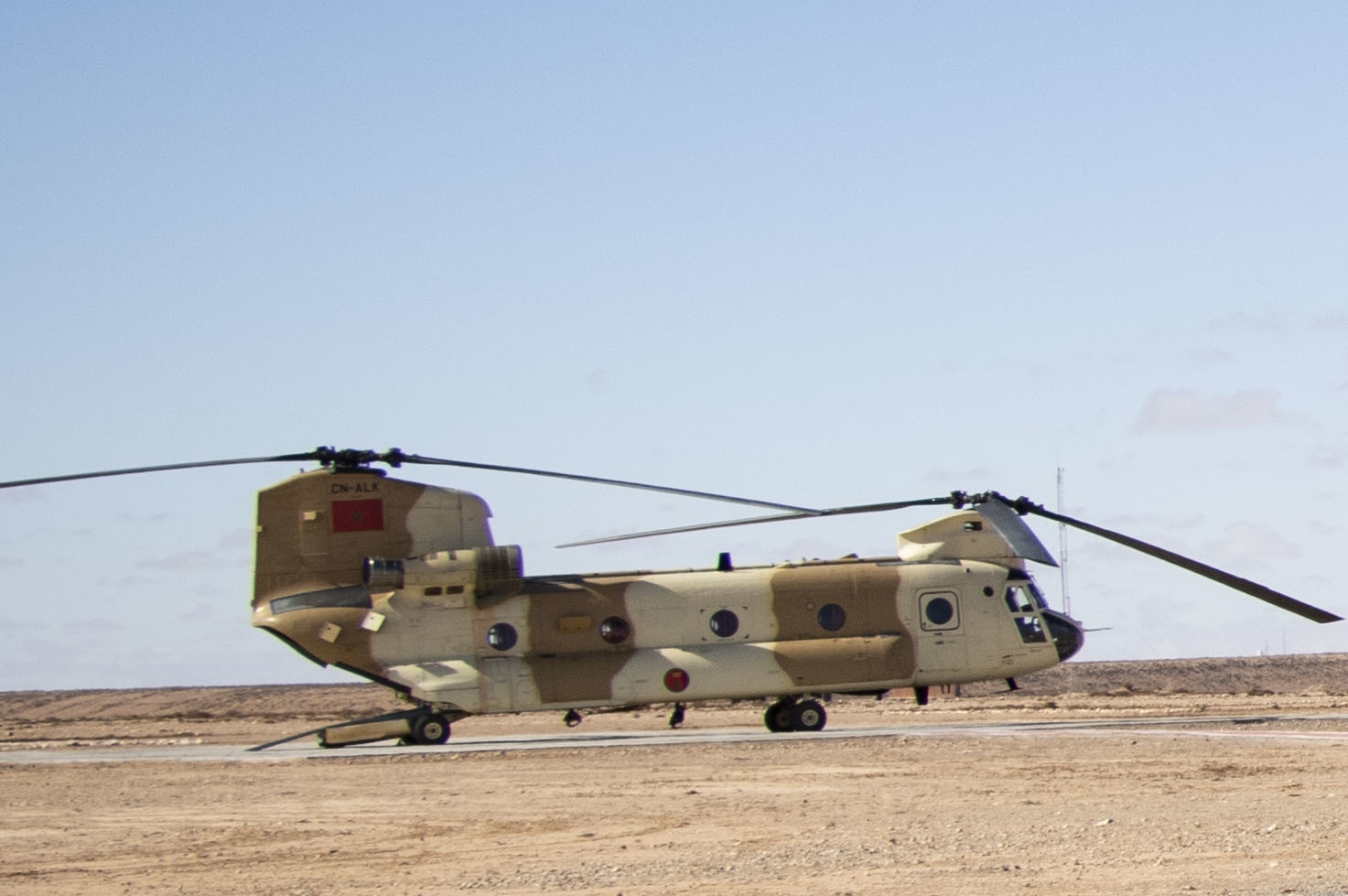 CH-47D CHINOOK des Forces Royales Air  - Page 3 49250465782_33f64bd769_o