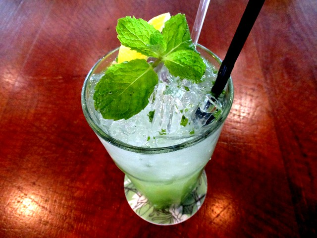 Commons, Kuching apple ginger mojito