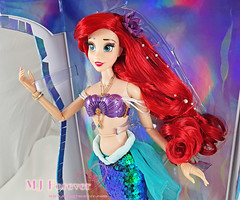 "17"" The Little Mermaid Ariel 30th Anniversary Limited Edition Doll"