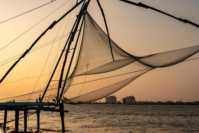 India - kochi chinese fishing nets - 4811
