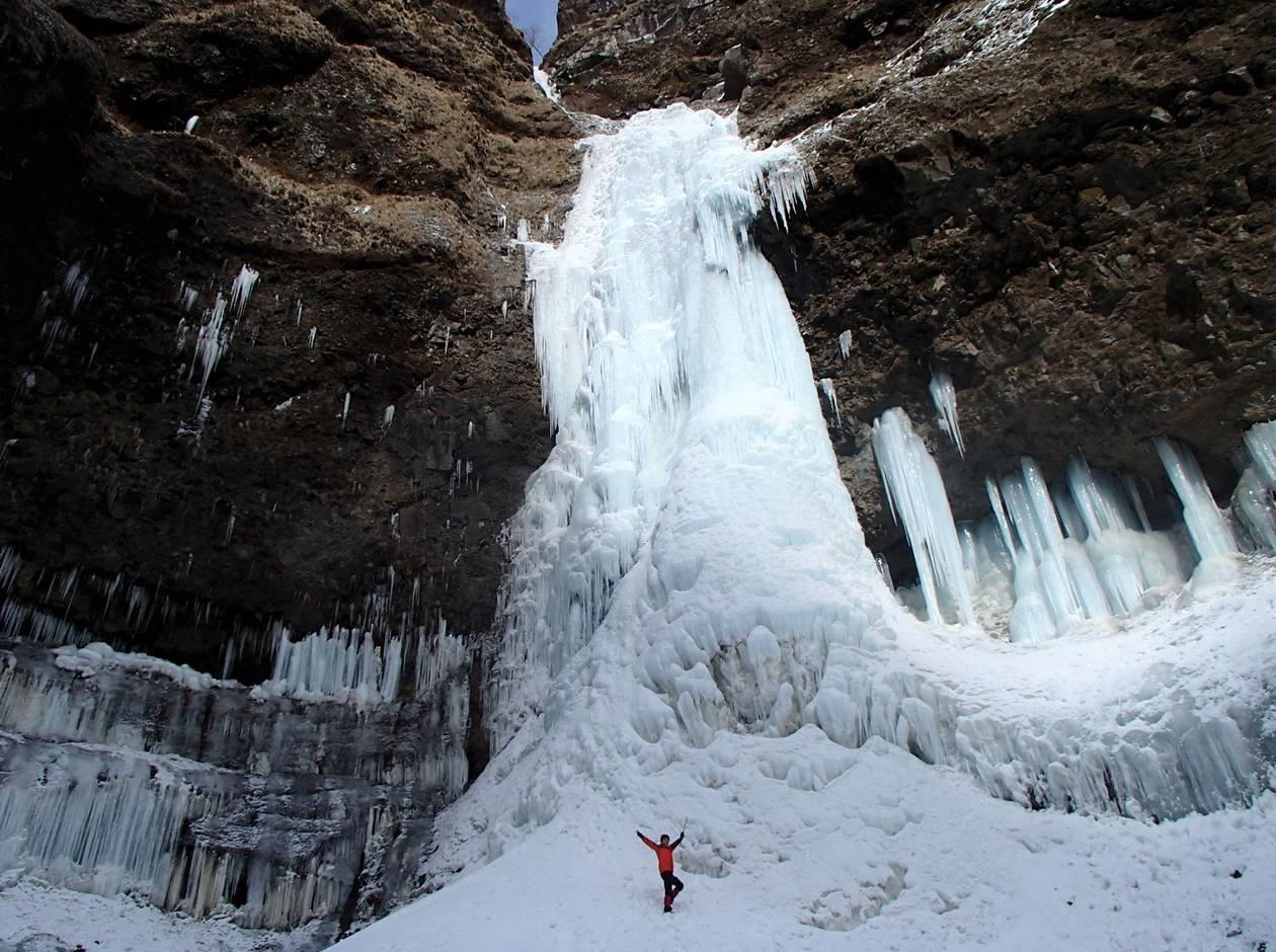 日光・雲竜渓谷の大氷瀑