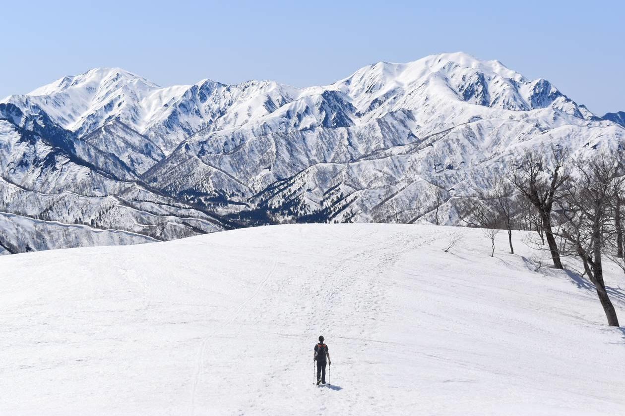 冬しか登れない日向倉山