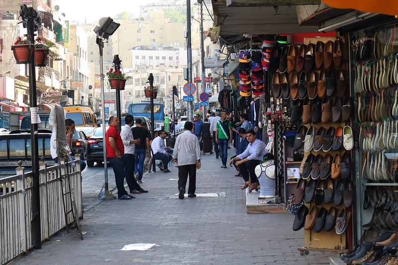 Amman, katukuvaa, kenkäkauppa