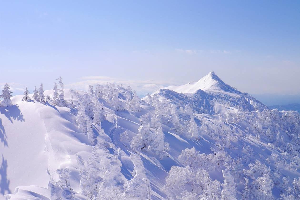 上州武尊山 樹氷美しい雪山登山