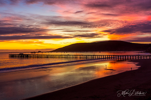 avila avilabeach clouds coast coastline ocean pier shore sunset waves reflections sunsetreflections getty gettyimages mimiditchie mimiditchiephotography