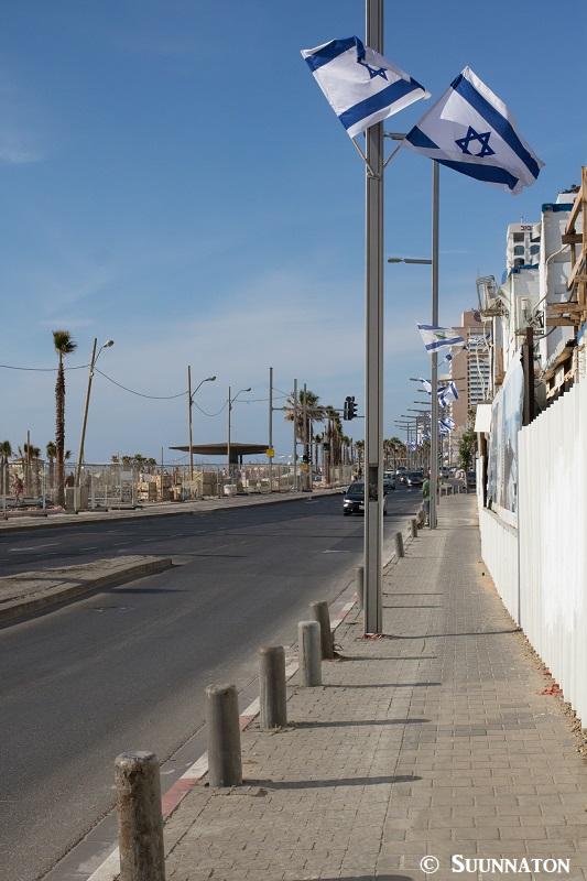 Tel Aviv, liput rannalla