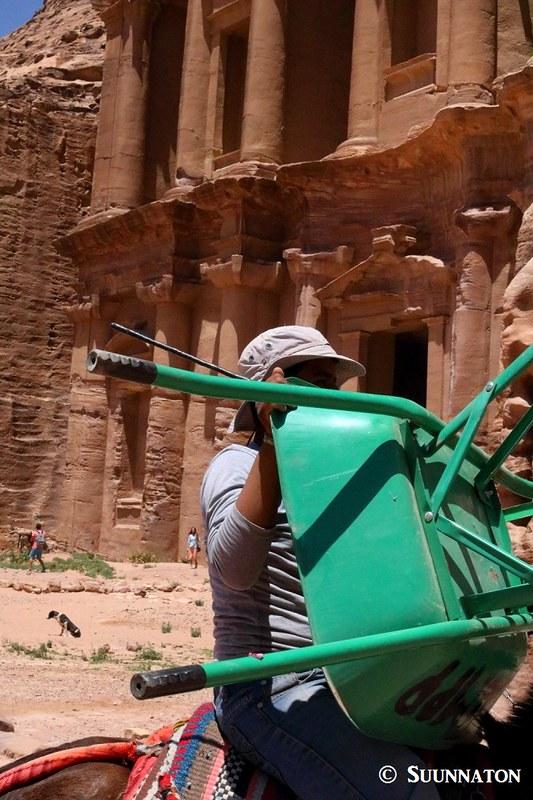 Kottikärryt, luostari, Petra