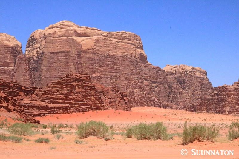 Wadi Rum, punainen maisema
