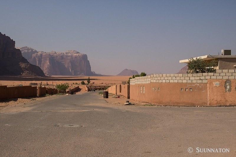 Wadi Rum, kylä, autiomaa